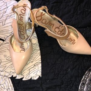Sam Edelman precious like new nude with gold